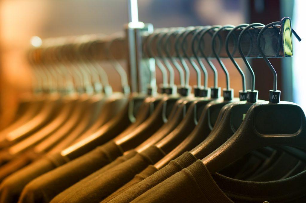 Bluzka damska- modne wzory
